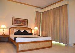 Hotel De Crystal Crown - Dhaka - Bedroom