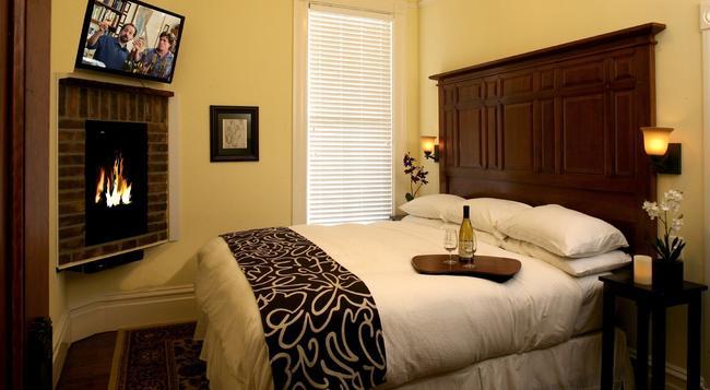 Hotel Napa Valley - Napa - Bedroom