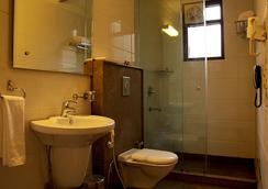 The Cameron - New Delhi - Bathroom