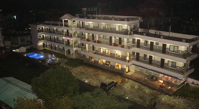 Hotel Swapna Bagh - Pokhara - Building