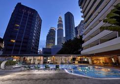 Corus Hotel Kuala Lumpur - Kuala Lumpur - Pool