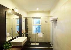 Skyline Boutique Hotel - Phnom Penh - Bathroom