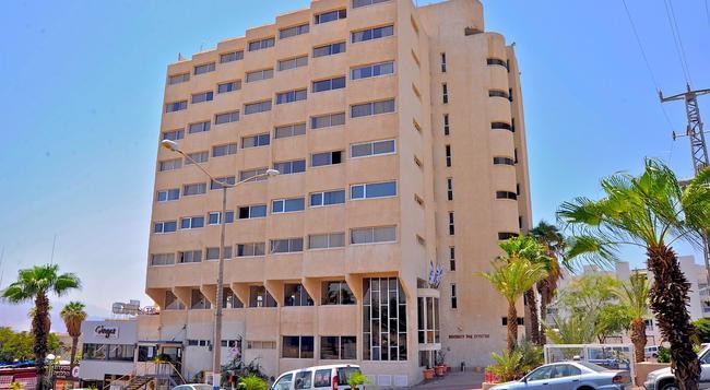 Aquamarine Hotel - Eilat - Building