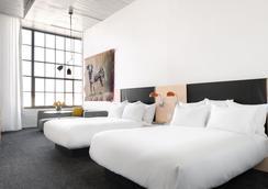 21c Museum Hotel Oklahoma City - Oklahoma City - Bedroom