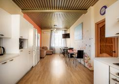 Ussuri Hostel - Yekaterinburg - Dining room