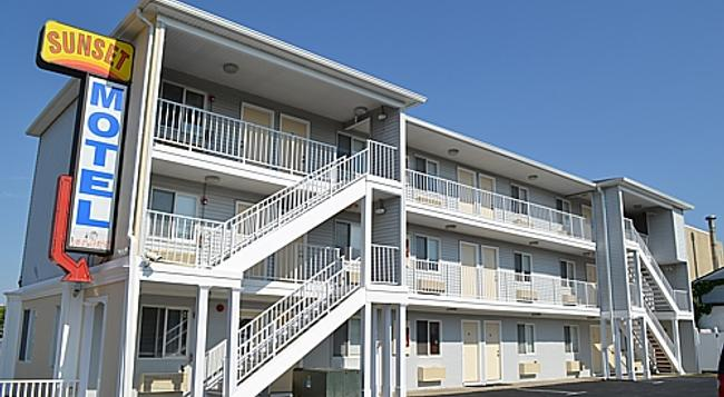 Sunset Motel - Seaside Heights - Building
