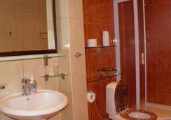 Guesthouse Villa Tortuga - Budva - Bathroom