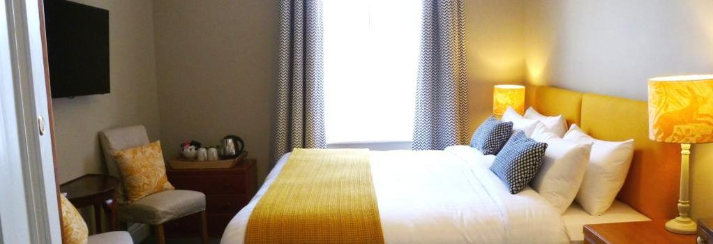 The Parisi Hotel - York - Bedroom