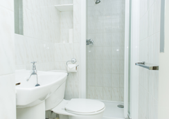 Oxford Hotel - London - Bathroom