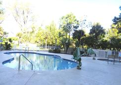 Allure Suites - Fort Myers - Pool