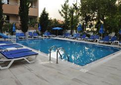 Kleopatra Celine Hotel - Alanya - Pool