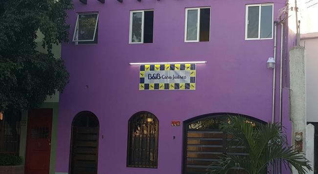 B&B Casa Juarez - La Paz - Building