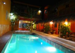 B&B Casa Juarez - La Paz - Pool