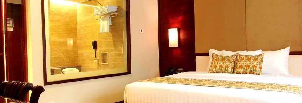 Kartika Chandra - South Jakarta - Bedroom