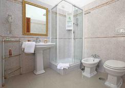 Maior - Rome - Bathroom