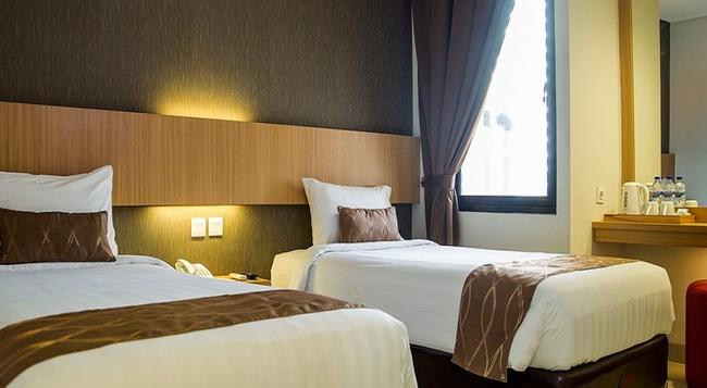 Reddoorz Blok M - South Jakarta - Bedroom