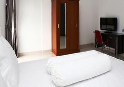 RedDoorz @ Lebak Bulus - South Jakarta - Bedroom