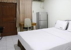 RedDoorz Near WTC Sudirman - South Jakarta - Bedroom