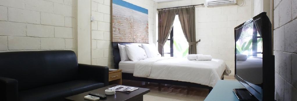 Reddoorz Near Teras Kota - Tangerang - Bedroom