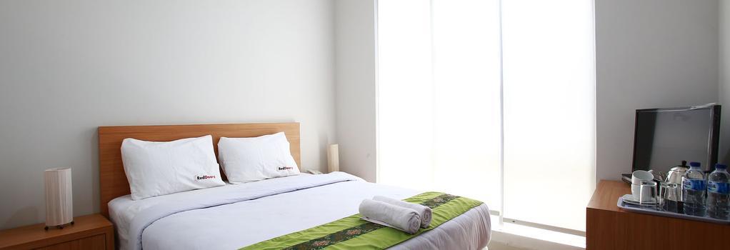 Reddoorz @ Kelapa Dua Kebon Jeruk - Jakarta - Bedroom