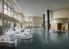 Radisson Blu Hotel & Spa, Cork - Cork - Pool