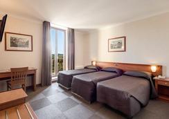 Romoli Hotel - Rome - Bedroom
