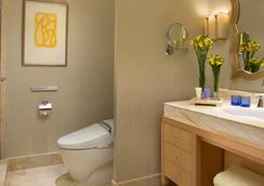 The Suites at Hotel Mulia Senayan - Jakarta - Bathroom