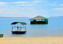 Treasure Island Resort - Olongapo - Beach