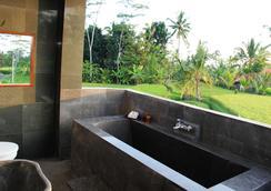 Villa Kemuning Ubud - Tegalalang - Bathroom
