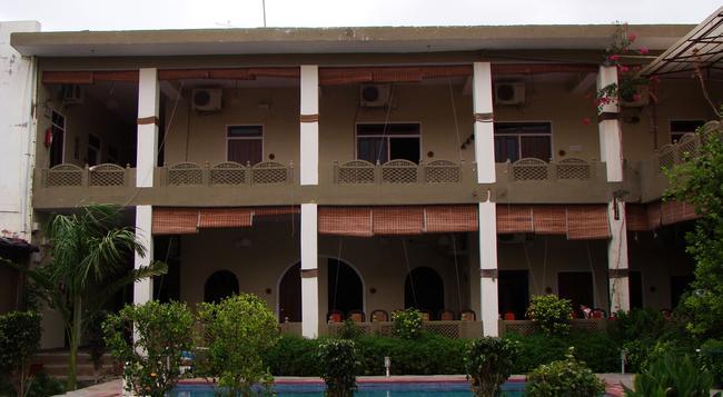 Ranthambhore Resort - Sawai Madhopur - Building