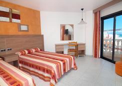 Hotel Servigroup Papa Luna - Peniscola - Bedroom