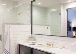 The 404 Hotel - Nashville - Bathroom