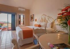 Flamingo Vallarta Hotel & Marina - Puerto Vallarta - Bedroom