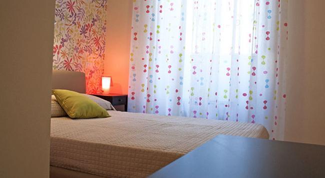 City-In Hostel B&B - Catania - Bedroom