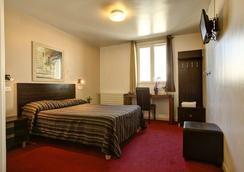 Grand Hôtel Senia - Orly - Bedroom