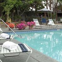 Travelodge Hotel At Lax Los Angeles Intl Outdoor Pool View
