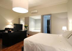 SuiteDreams - Rome - Bedroom