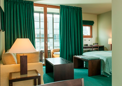 Clipper City Home - Berlin - Bedroom
