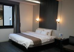 Seattle B Hotel - Busan - Bedroom
