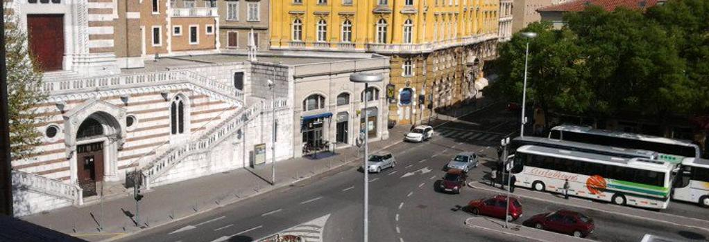 Rooms Aston - Rijeka - Outdoor view