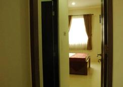 Sabda Guest House - South Jakarta - Bedroom