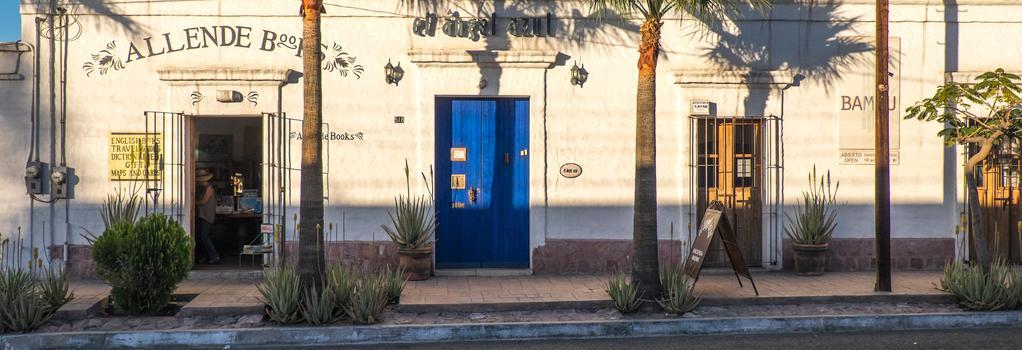 El Angel Azul Hacienda - La Paz - Building