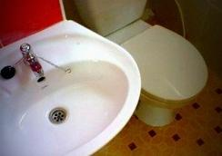 Somjai Place Ayutthaya - Ayutthaya - Bathroom