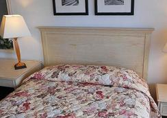 Fireside Inn Santa Cruz - Santa Cruz - Bedroom