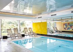 Wyndham Grand Salzburg Conference Centre - Salzburg - Pool