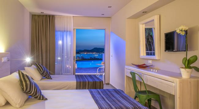 Ionian Hill Hotel - Zakinthos - Bedroom