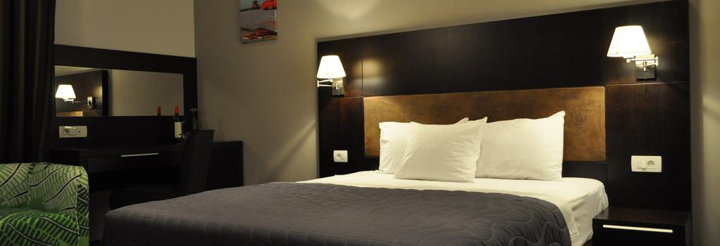 Hotel Dolce International - Skopje - Bedroom