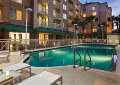 Courtyard by Marriott Orlando Downtown - Orlando - Pool