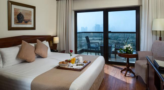 Majestic Hotel Tower - Dubai - Bedroom
