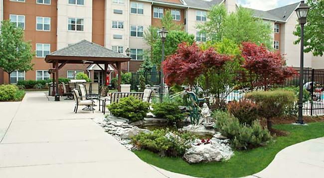 Residence Inn by Marriott Chicago O'Hare - Rosemont - Building